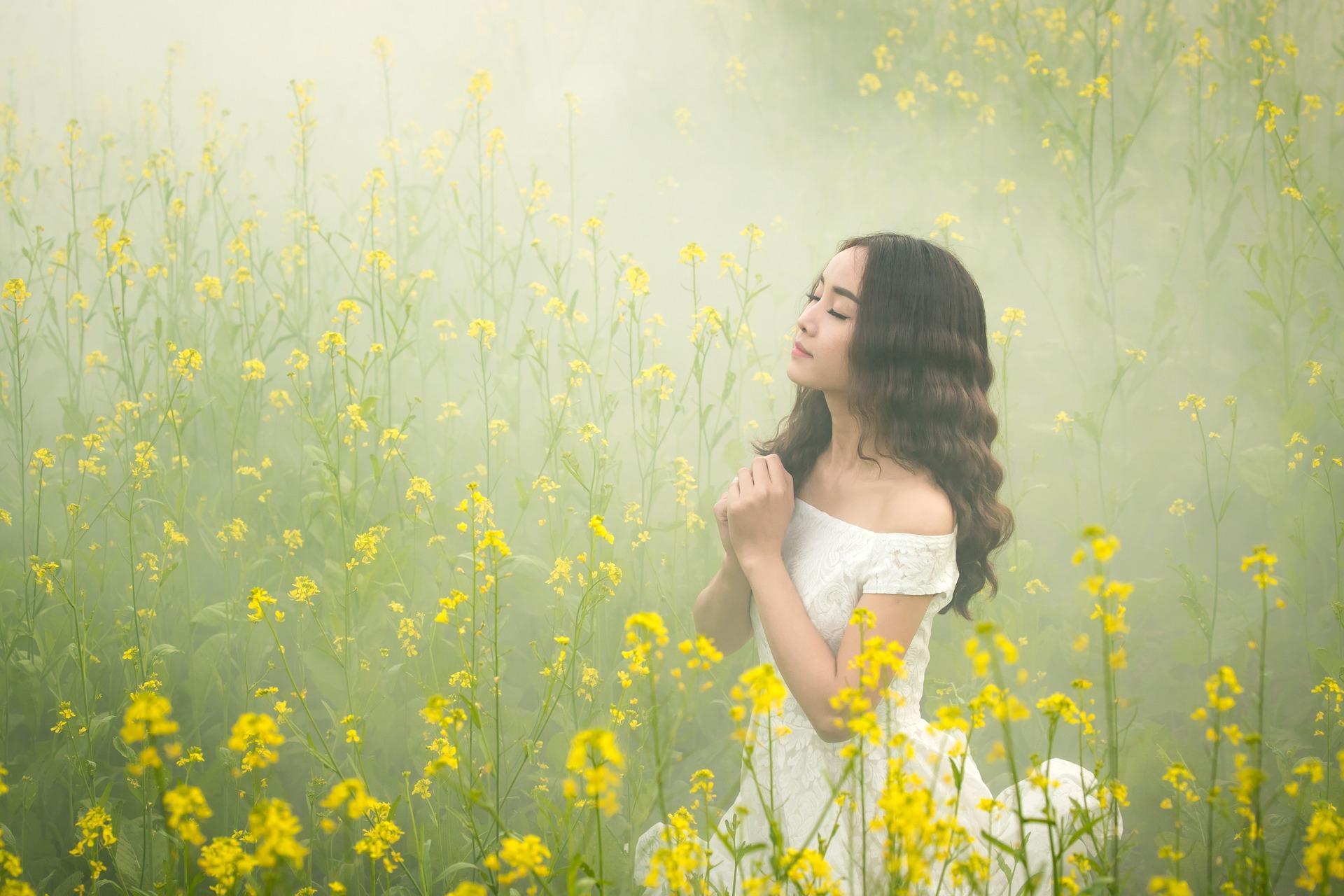 【報告多数】即効で願いが叶う呪文。すぐに恋愛が成就する魔法の言葉と唱え方